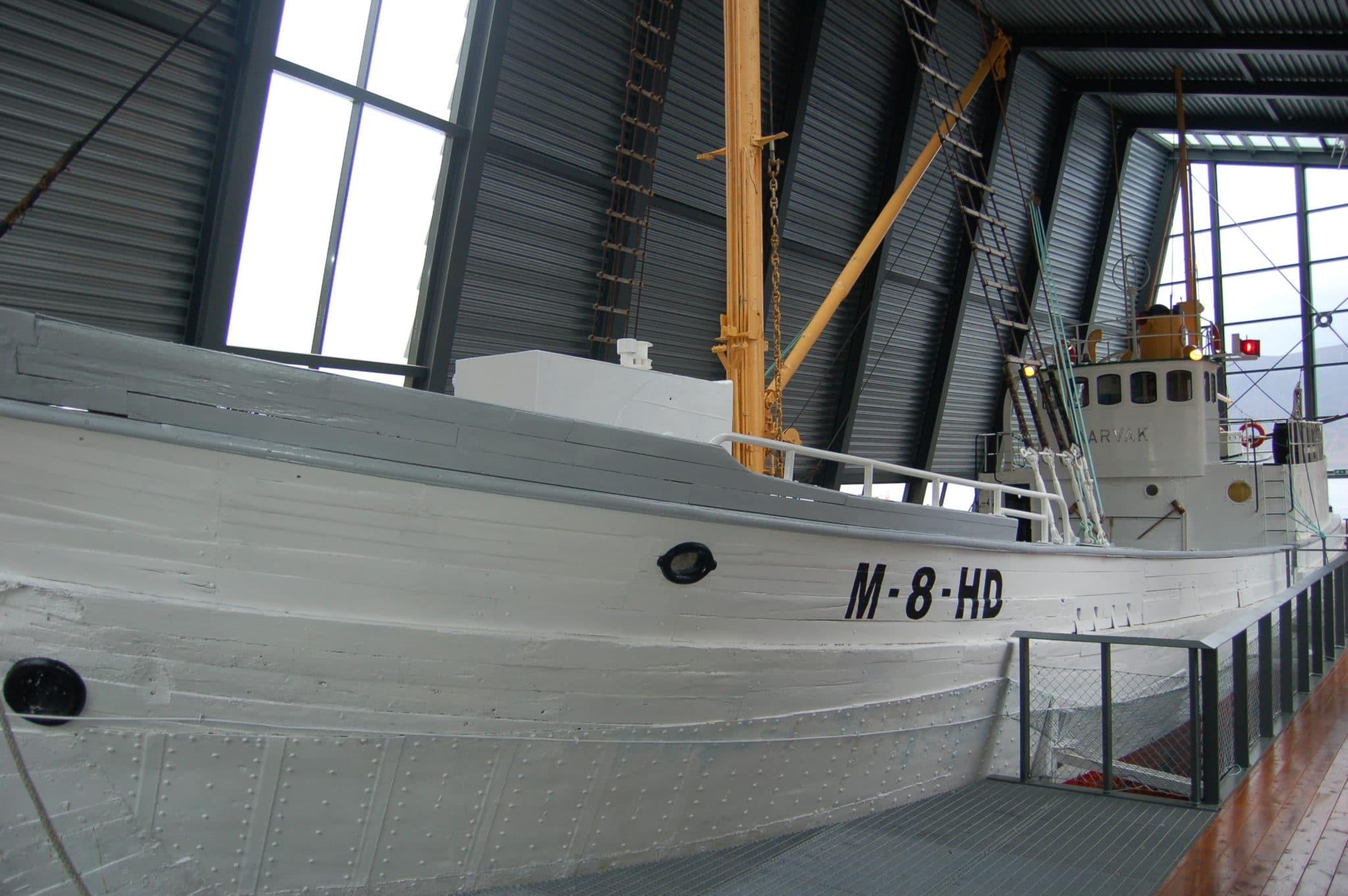Bilde av fangsfartøyet AARVAK