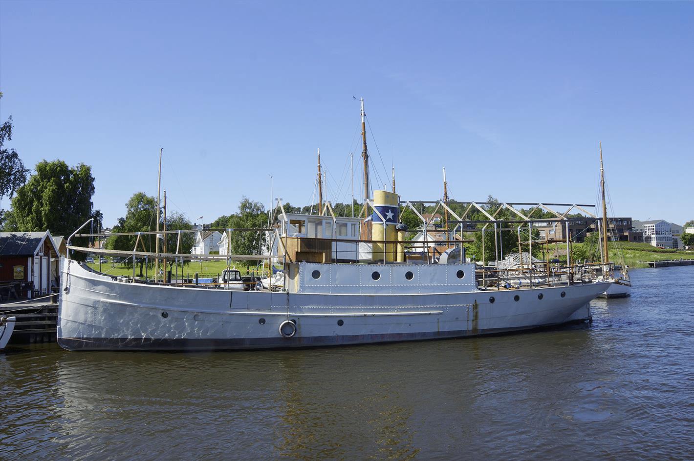 Foto av fartøyet HVALER